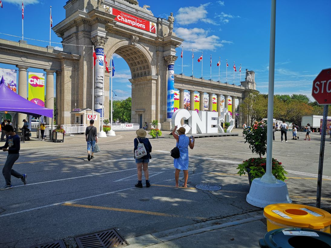 cne-toronto-2019-the-ex-kings-of-the-web